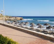 Adjunto remitimos escrito sobre la situación de las playas de Nerja con objeto de mantener una reunion lo mas urgente posible con la Concejala y Alcaldesa para solucionar las deficiencias...